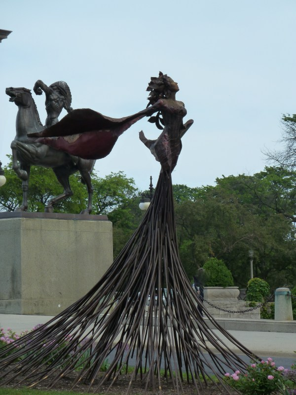 Chicago Grant Park Indian Statues