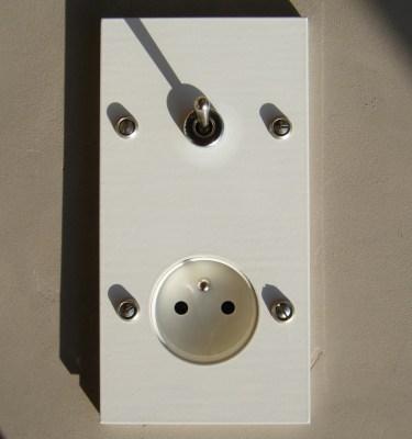 Interrupteur inox rectangle | interrupteurs et prises au design ...