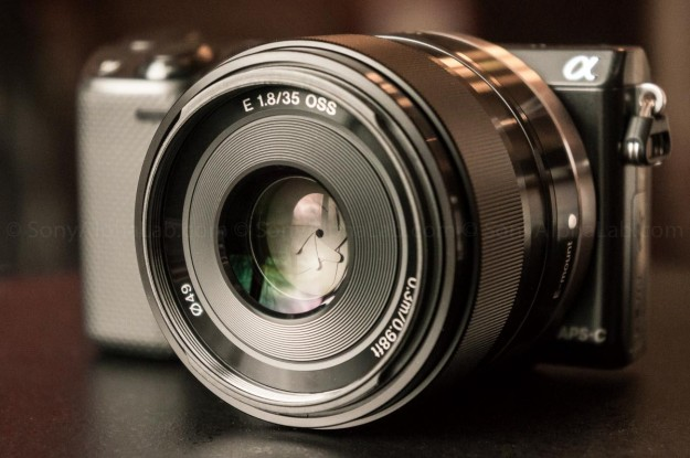 Sony NEX F3 with the 35mm F1.8 Lens (Source: SonyAlphaLab.com)
