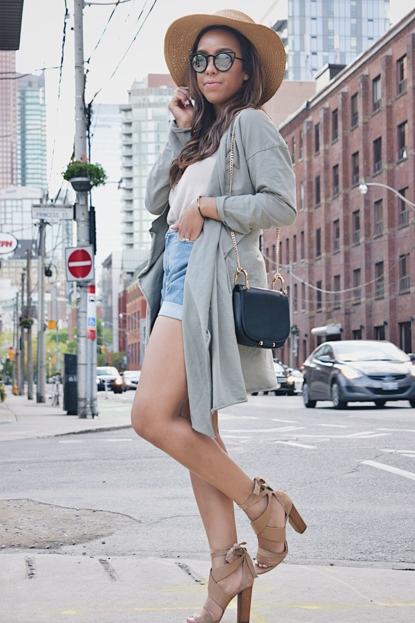 fashion blogger Lauren Sheriff of Basic Babe wearing Jean Shorts by Urban Outfitters