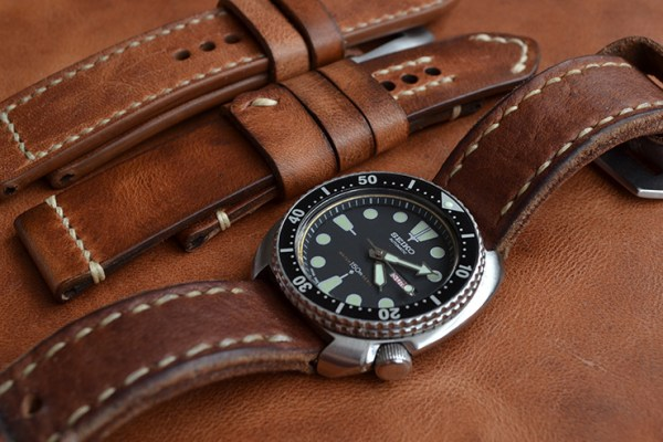 Neptune Straps Thick Brown Leather Watch Strap on Seiko Diver watch