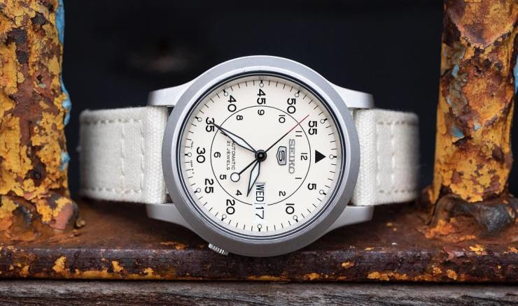 Barton Bands White Canvas Strap on a Seiko SNK 803