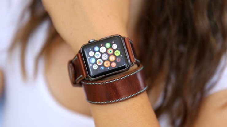 Custom Leather Apple Watch Strap by OLEKSYNPRANNYK