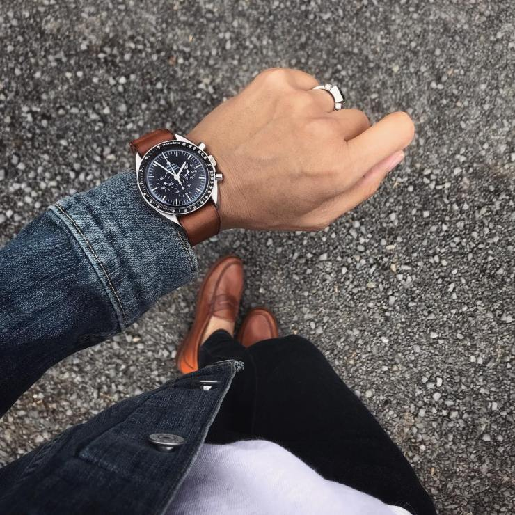 Bas & Lokes Winchester bourbon leather watch strap on an Omega Speedmaster