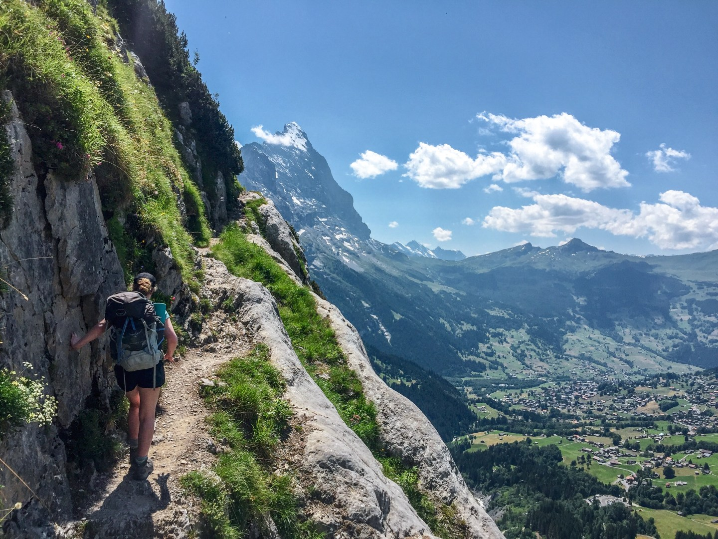 Backpacking in the Swiss Alps Hiking Itinerary: Meiringen to Gimmelwald, Lauterbrunnen along the Via Alpina Stages 10 and 11