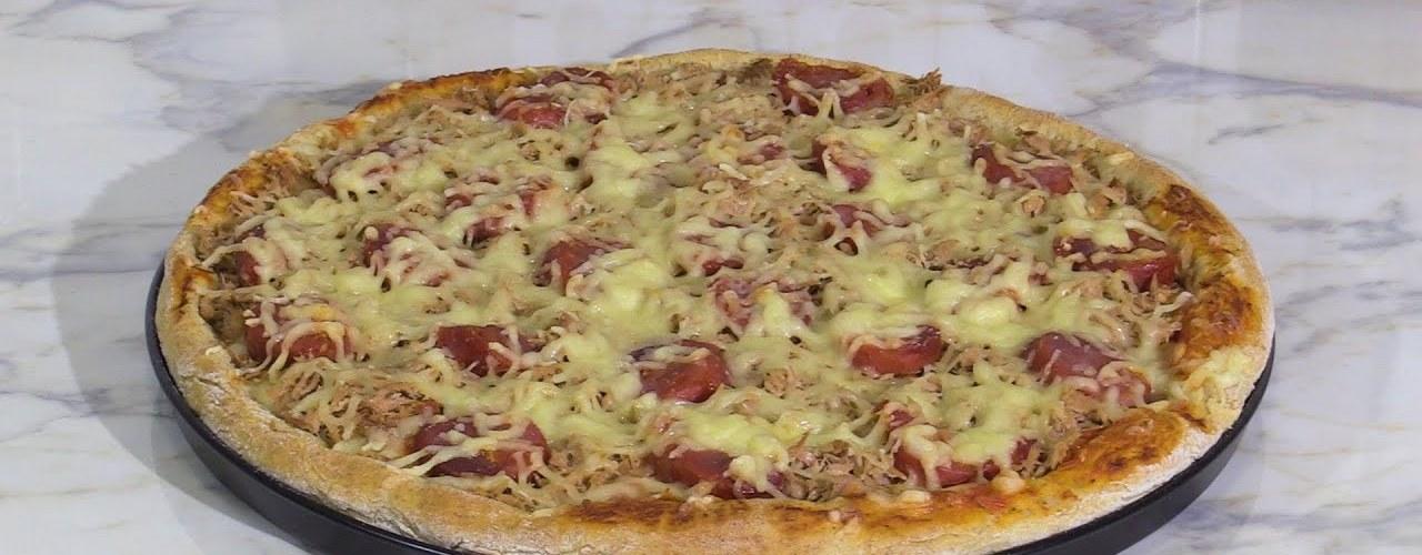 Homemade pizza, pizza bread, tuna recipes, mozarella