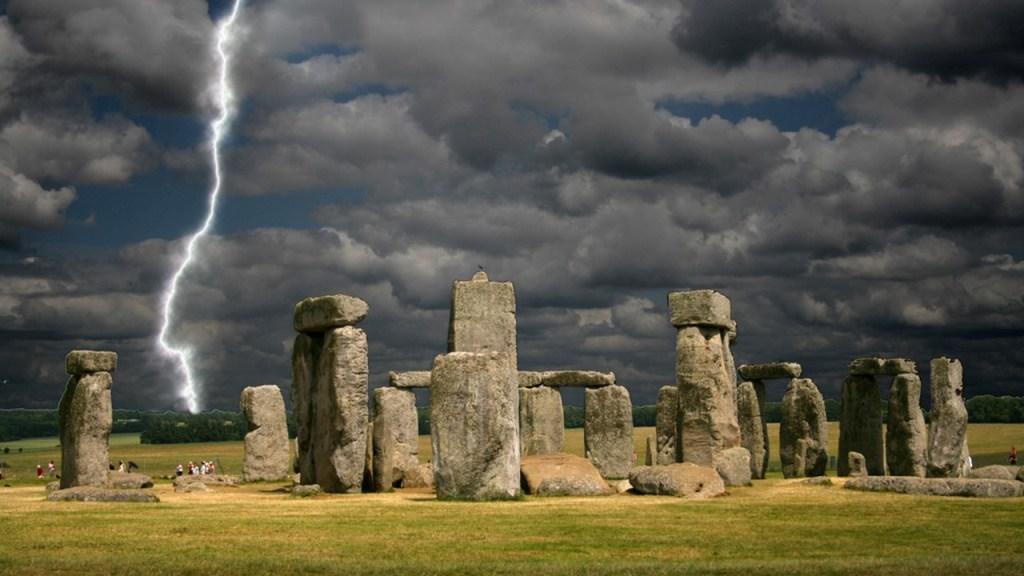Lightning hits Stonehenge