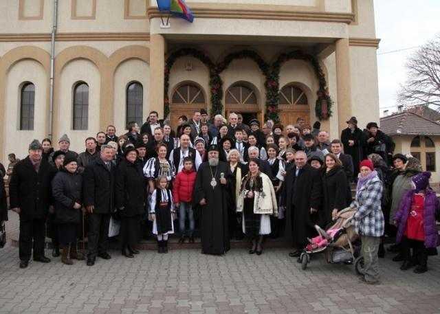 liturghie-arhiereasca-la-parohia-nasterea-domnului