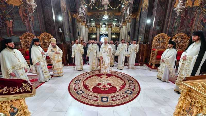 Patriarch Daniel celebrated Divine Liturgy on Synaxis of Archangel Michael and of the other bodiless powers