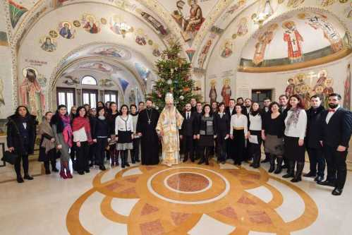 Corala Nicolae Lungu l-a colindat pe Patriarhul Daniel