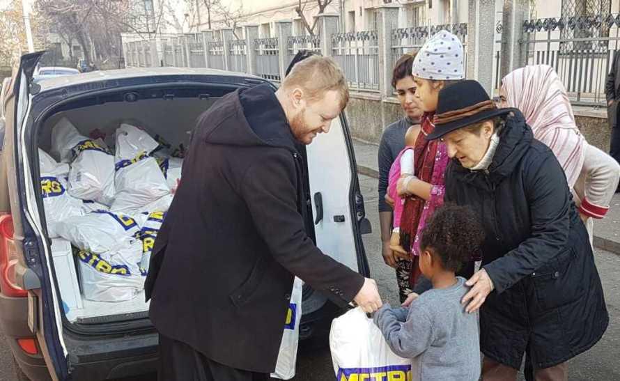 Arhiepiscopia Bucureștilor: Daruri pentru copiii refugiați din Orientul Mijlociu