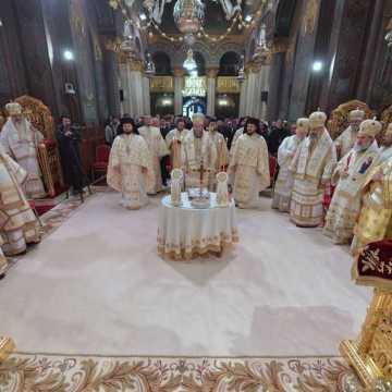 Patriarhul Daniel si-a serbat ziua onomastica prin rugaciune, ierarhi Biserica Ortodoxa Romana, Catedrala Patriarhala