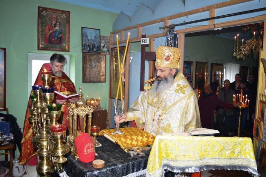 PS Antonie de Orhei la parohia Sf Ioan cel Milostiv din Calarasi 26 mertie 2017 (1)