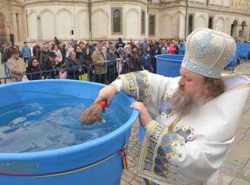 2017.04.21 - Izvorul tamaduirii, catedrala patriarhala - 316