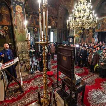 Patriarch Daniel visits Samurcasesti Monastery on the Feast of the Life-Giving Spring