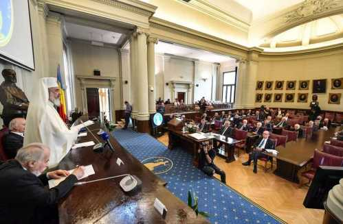Romanian Academy holds Solemn Session | Patriarch Daniel speaks about the Church's involvement in achieving national independence