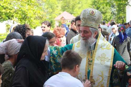 IPS Irineu la MĂnăstirea Strâmba (3)