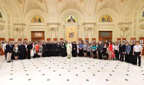 Patriarhul Daniel şi membrii Centrului de Presă Basilica (69)
