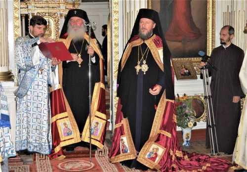 Instalarea Preasfințitului Părinte Emilian Crișanul - noul Episcop vicar al Arhiepiscopiei Aradului