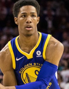 Patrick mccaw facing deadline to accept qualifying offer from warriors realgm wiretap also rh basketballalgm