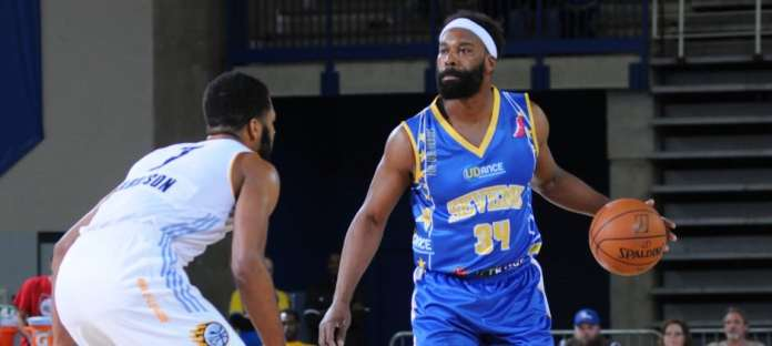 160304211526-baron-davis-87ers-d-league-comeback.home-t1