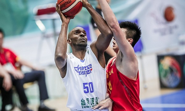 Basketball top5 - 補強再補強!新竹攻城獅渴望再簽「新臺灣人」戴維斯