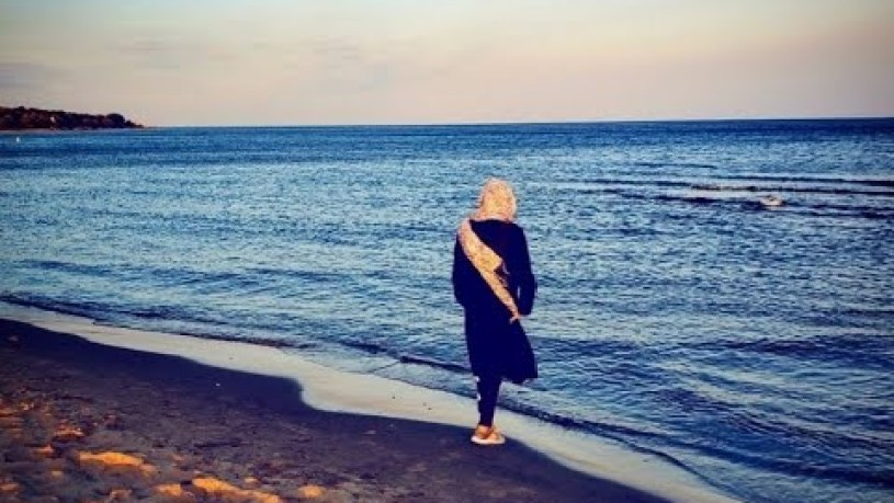 Can You Swim at Woodbine Beach