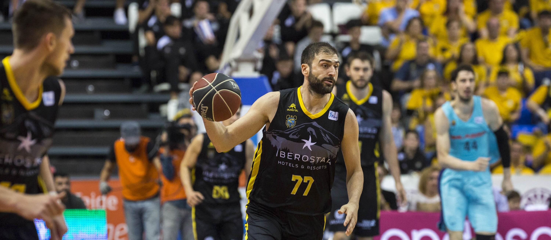 Vasileiadis: «El esfuerzo del equipo para estar en el 'playoff' es muy grande»