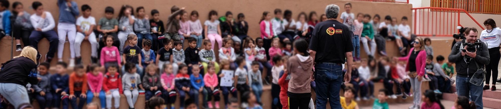 """Más de 100 escolares del CEIP San Luis Gonzaga disfrutaron de la actividad """"La Copa del Mundo para Todos"""""""
