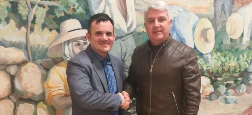 Acuerdo entre 'NAR Promociones' y Ayuntamiento de Arafo para organizar la 'Gala #TenerifeSuresDeporte 2018'