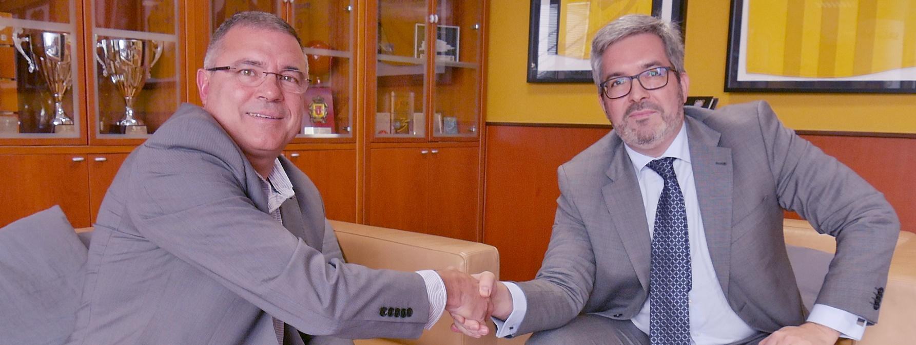 Acuerdo de colaboración entre el Cantera Base 1939 Canarias y la Escuela Felipe Antón, de La Palma