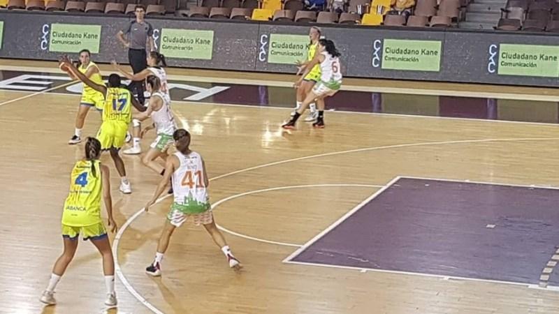 Laura Fernández comienza con triunfo la temporada oficial en Liga Femenina 2