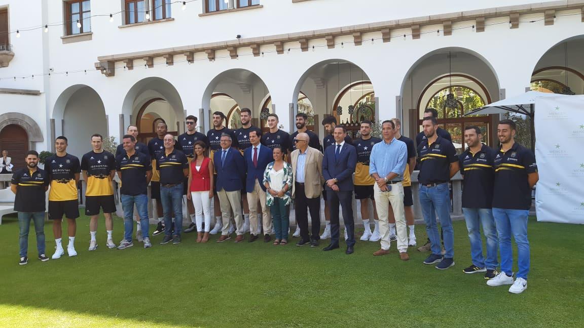 Iberostar seguirá cuatro años más como patrocinador del Cantera Base 1939 Canarias