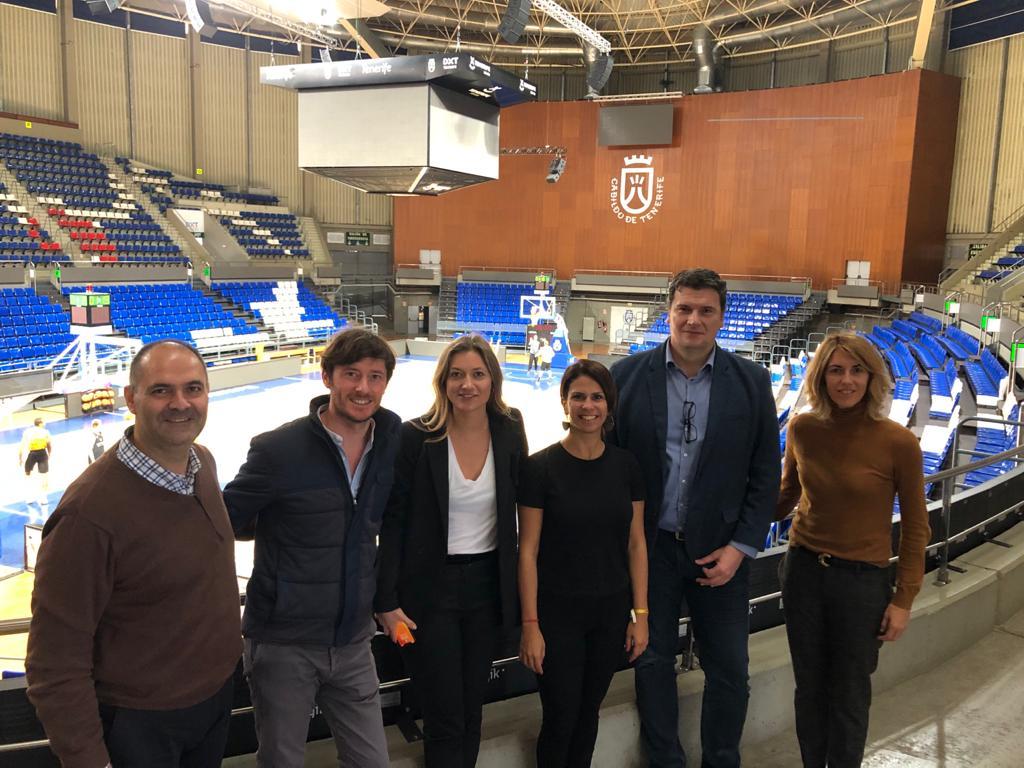 Representantes de la FIBA preparan ya la Copa Intercontinental de Baloncesto en Tenerife