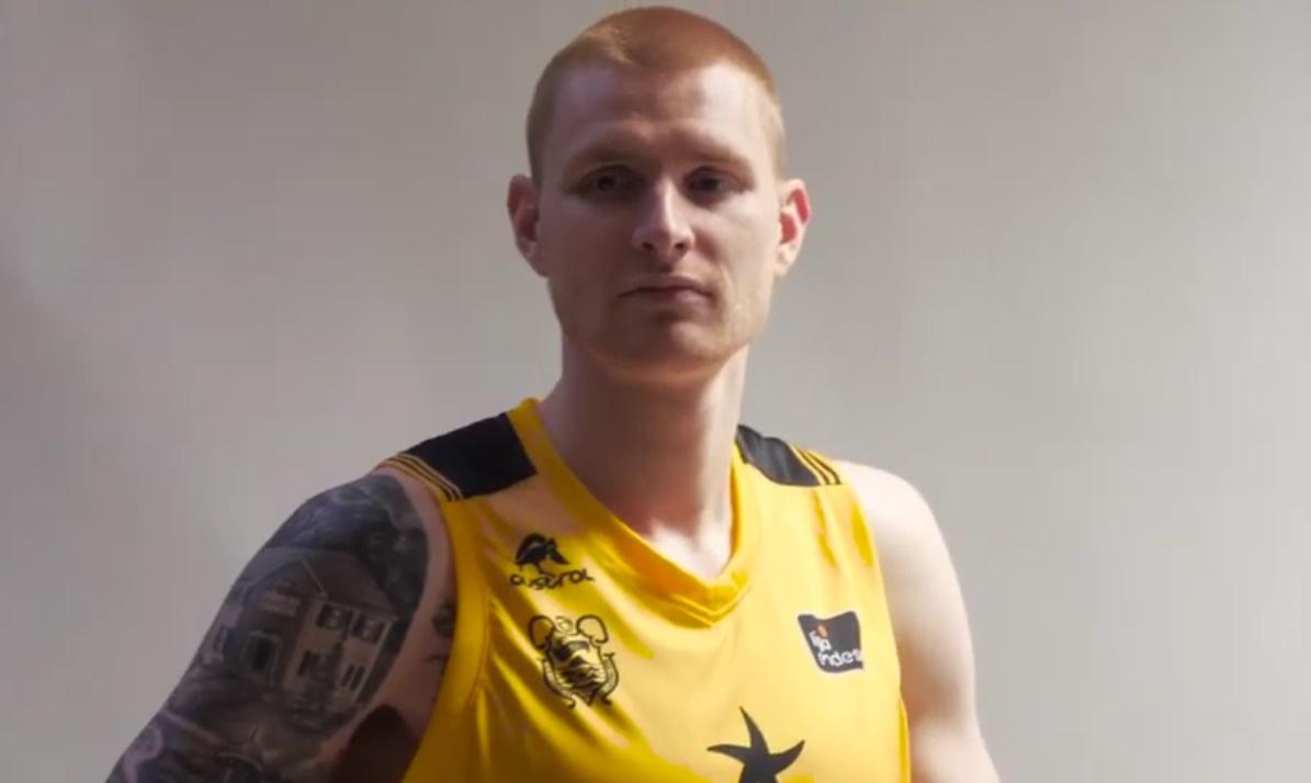 White ya se siente aurinegro: «Es un gran club y tengo ganas de competir en ACB y Champions League»