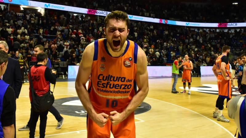 Tobey y Doornekamp guían al Valencia a semifinales de Copa