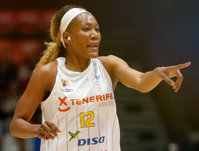 Astou Traoré no sigue en el Clarinos