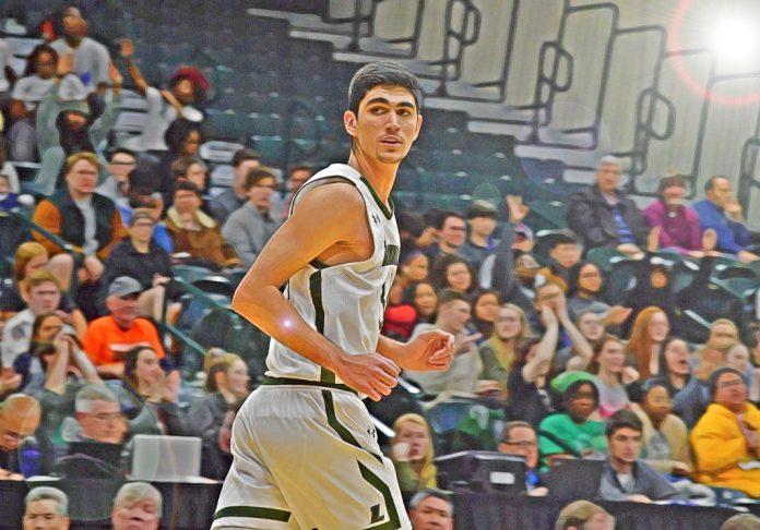 Esperanzador debut de Santi Aldama en la NCAA