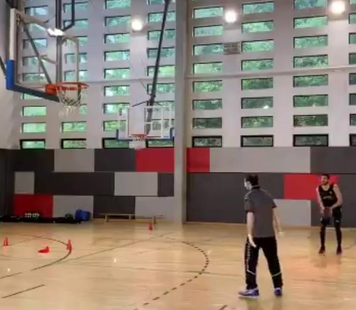 Sergio Rodríguez volvió a los entrenamientos con Bilbao Basket
