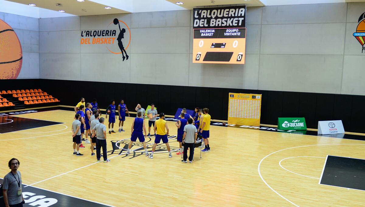 Máxima intensidad en el segundo entrenamiento amarillo en Valencia