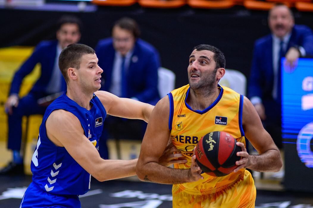 Gran triunfo del Gran Canaria-Claret que se mete en la pelea por las semifinales