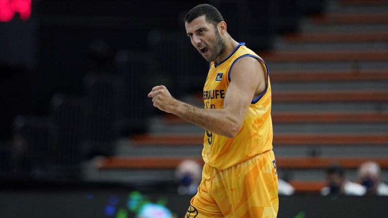 Ioannis Bourousis se retira