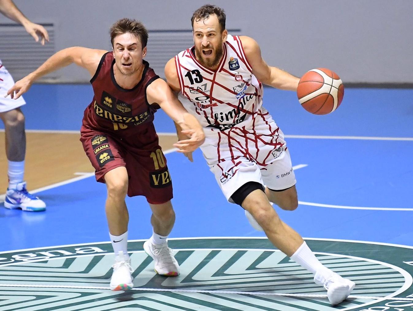Sergio Rodríguez gana su primer torneo de pretemporada tras la victoria del Olimpia Milano al Reyer Venezia