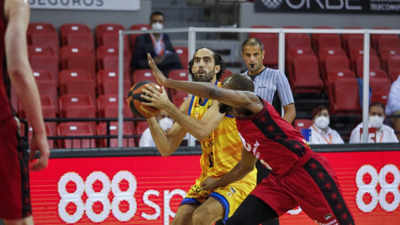Zaragoza y Betis tientan a Beirán para que abandone el Gran Canaria-Claret