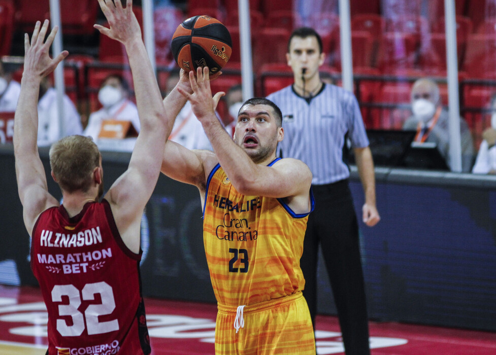 Burjanadze: «Es frustrante perder de esta manera»