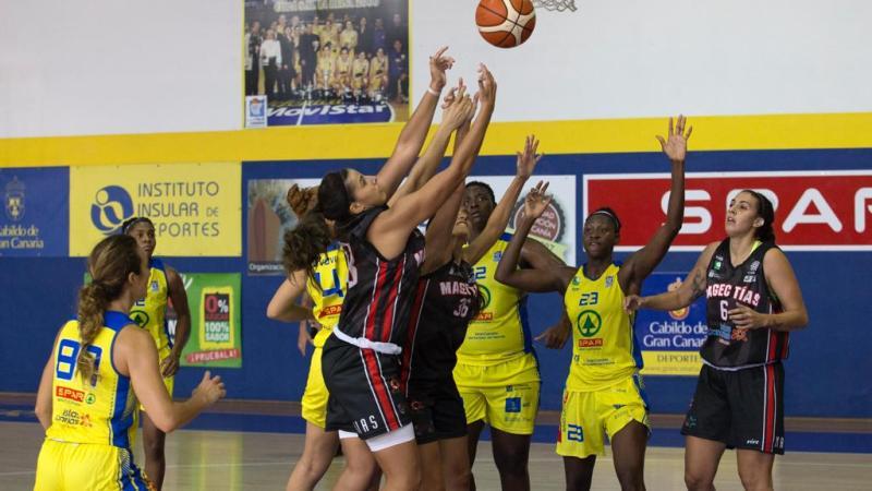 Yaiza y Natalia García jugaron su primer partido juntas