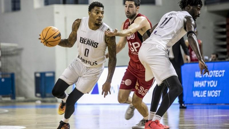 Bakken Bears, rival aurinegro en la BCL
