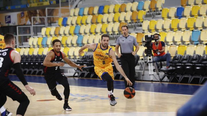 Della Valle logra lo que quería y deja de ser jugador del Gran Canaria-Claret