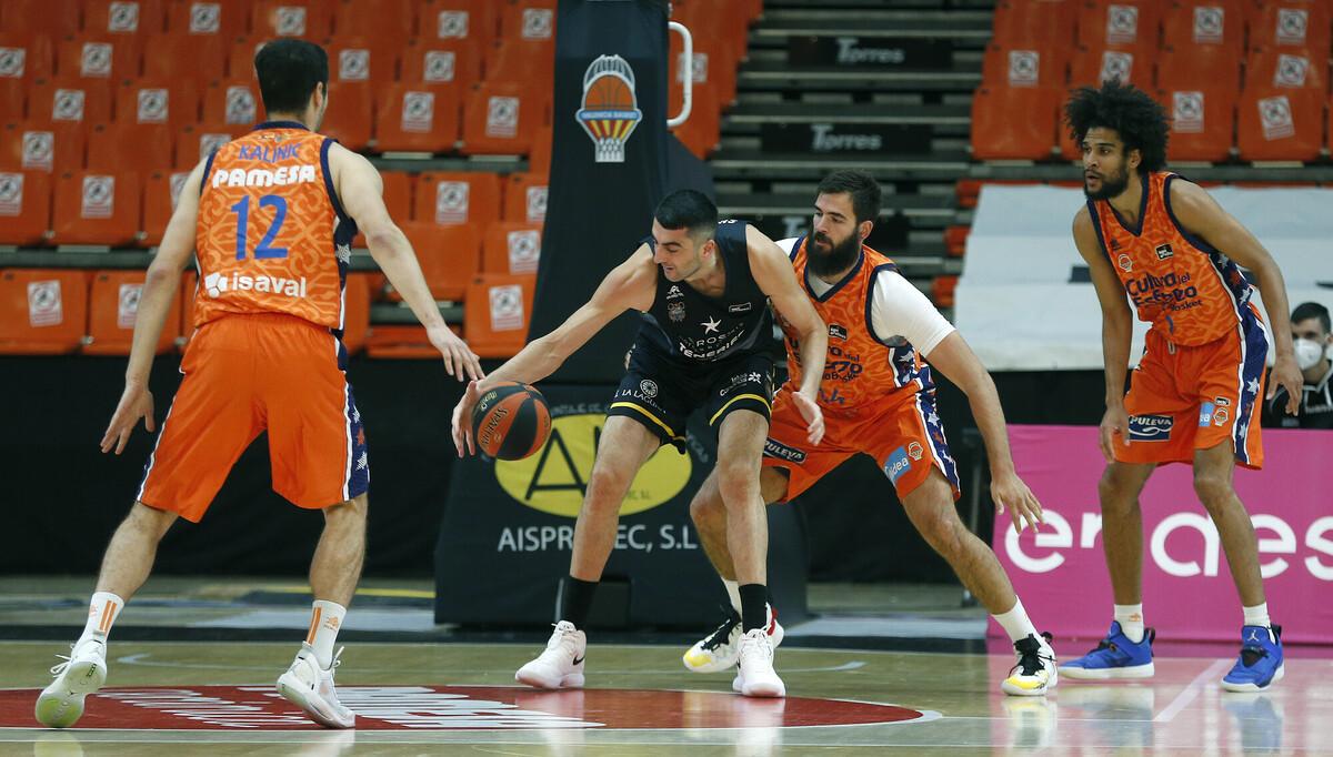 Triunfo aurinegro en Valencia para conseguir el décimo triunfo en ACB