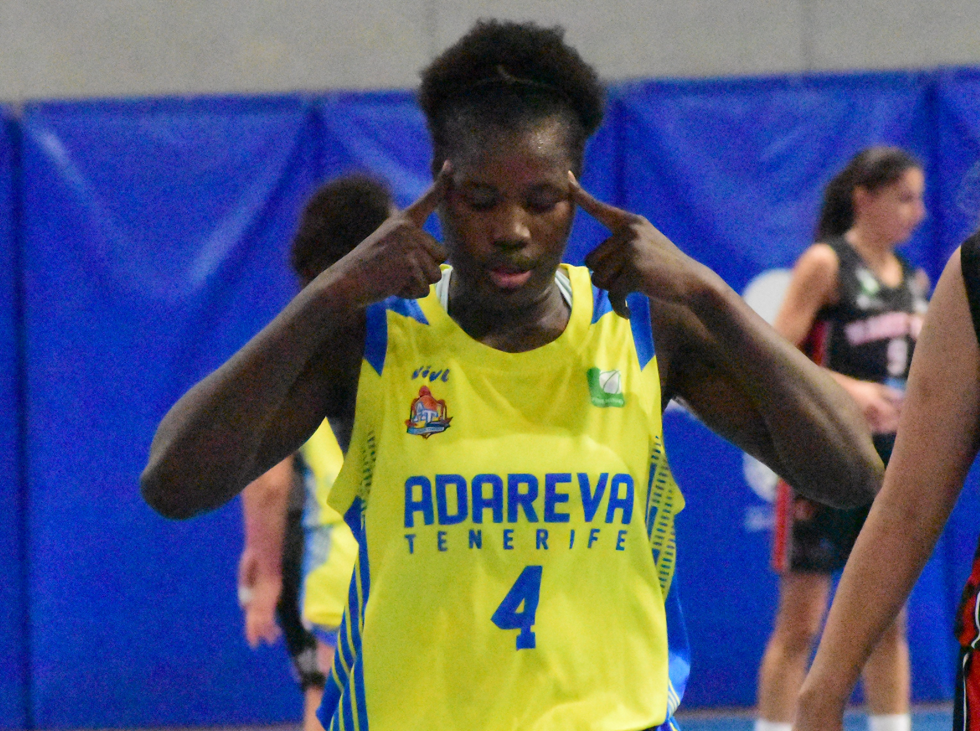 Dembélé, entre las destacadas de la séptima jornada en Liga Femenina 2